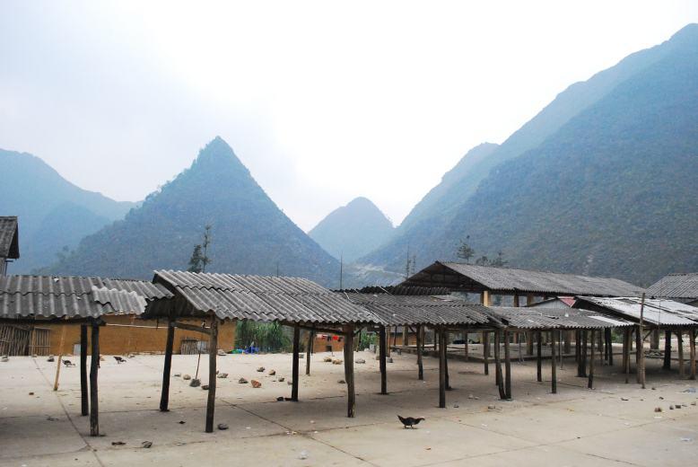 At Vuong's Palace